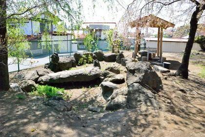 三柱神社銭神塚古墳48.jpg