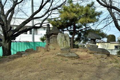 熊野神社 墳頂部_002.jpg